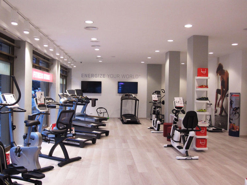 Johnson Fitness Store Roma
