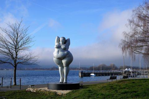 obesita statua