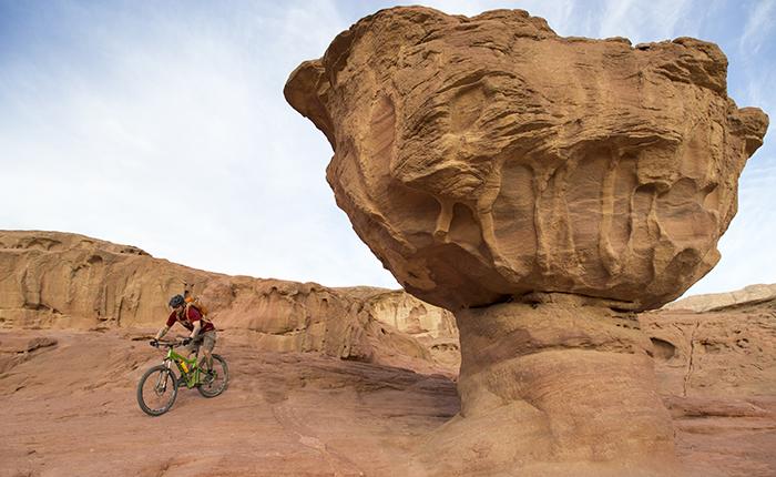 bici nel deserto