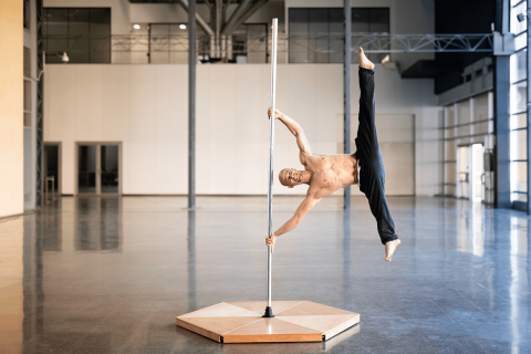 Allestire una sala per la poledance