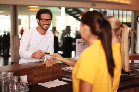 Come far diventare il cliente di una palestra …un consumatore