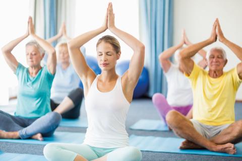 Corsi Yoga nella tua palestra mente e corpo in perfetta forma per i tuoi clienti